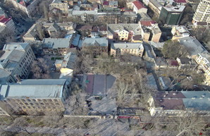 Летний театр в Одессе под наблюдением