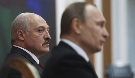 Лукашенко начал опасную игру с Кремлем
