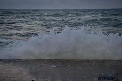 Огненный закат и грозное море: вечер в Одессе