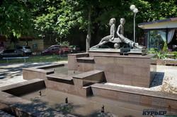В Одессе закончили реставрацию памятника Пете и Гаврику (ФОТО)
