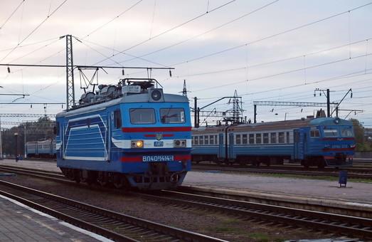 Поезда из Одессы в Днепр, Харьков и Константиновку снова запустили через Кропивницкий