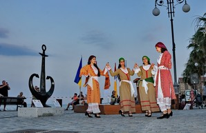 Одесский туристический символ в виде якоря установили на Кипре