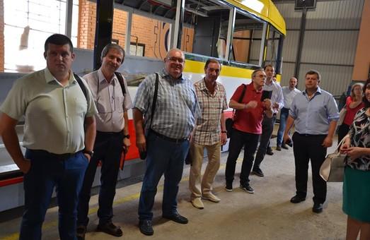 Вагоноремонтные мастерские «Одесгорэлектротранса» посетили гости из Киева и Чехии