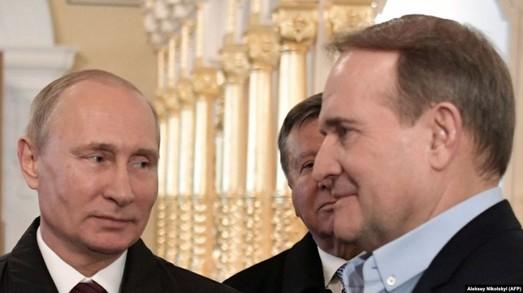 Сливки Виктора Медведчука на судьбах пленных