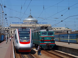 """Пять лет назад запустили поезда """"Интерсити"""" в Одессу (ФОТО)"""