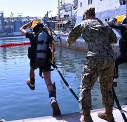 """Как идут международные учения """"Си-Бриз"""" в Одессе: первые операции водолазов и выход кораблей"""