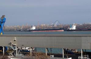 Государственный «Морской торговый порт «Пивденный» в июне 2019 года перевалил почти 1,3 миллионов тонн грузов