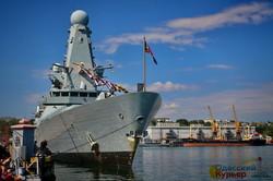 День флота в Одессе: корабли, моряки, самолеты и президент (ФОТО)