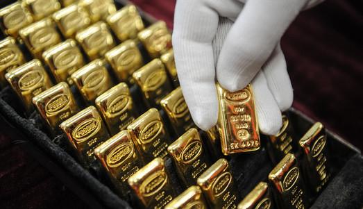 """Дефолт отменяется: золотовалютные резервы Украины снова в """"плюсе"""""""