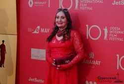 Красная дорожка Одесского кинофестиваля в лицах