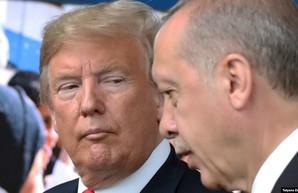 США в конце этой недели введут первый пакет санкции против Турции
