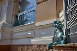 В Одессе появились скульптурные поющие коты (ФОТО)