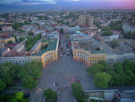"""В Одессе наступил """"день тишины"""" перед выборами"""