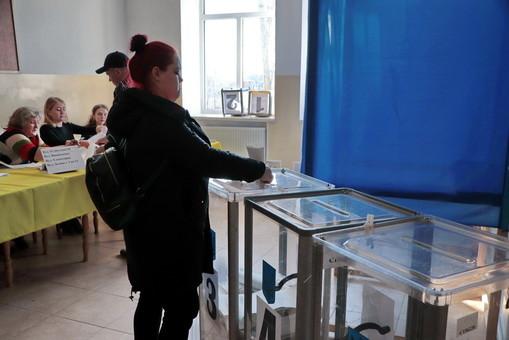 В Центризбиркоме уже частично подсчитали явку избирателей в Одесской области на 16:00