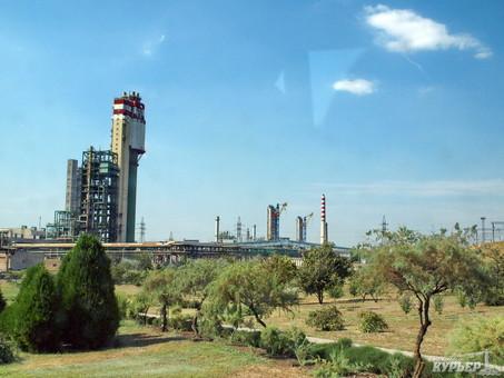 Одесский Припортовый завод впервые с весны прошлого года начинает работу