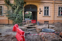 Реконструкция Воронцовского переулка: кладут основание под брусчатку (ФОТО)
