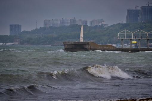 В Одессе и области действует штормовое предупреждение