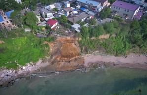 От двух до пяти: сколько километров одесского побережья нужно защищать от оползней