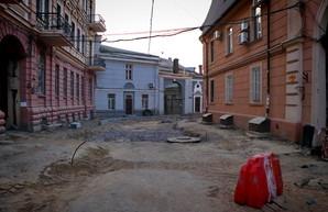 Что будет с историческими плитами, найденными в Воронцовском переулке