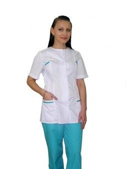 Медицинские костюмы или «встречают по одежке»