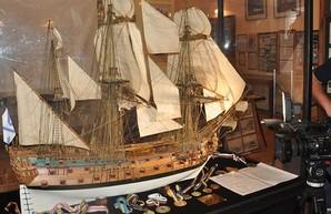 В музее Одесского порта открылась выставка моделей кораблей