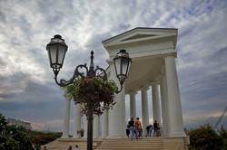 Воронцовская колоннада получила ограждение (ФОТО)