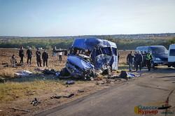 Подробности аварии под Одессой: число пострадавших увеличилось до 13 человек (ФОТО, ВИДЕО)