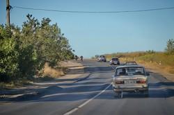 Автодорогу Одесса - Белгород-Днестровский уничтожили перегруженные фуры (ФОТО)