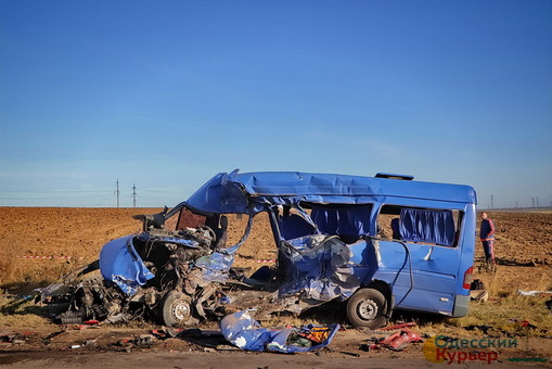 Одна из выживших в аварии на трассе Одесса - Овидиополь пришла в сознание