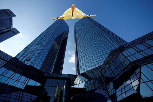 """Россия """"подчищает"""" свидетелей в деле об отмывании денег в банках ЕС"""