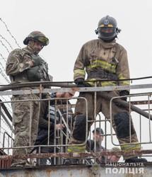 В Одессе полиция училась подавлять массовый бунт в тюрьме (ФОТО, ВИДЕО)