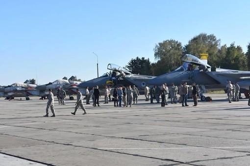 Военные аэродромы Украины готовят к принятию авиации НАТО