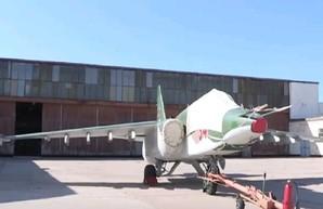 """Евпаторийский авиаремонтный завод наконец-то """"отремонтировал"""" первый Су-25"""