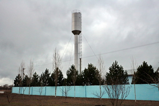 В некоторых городах и селах Одесской области вода не годится для питья