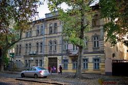 50 оттенков осени в Одессе на Спиридоновской (ФОТО)