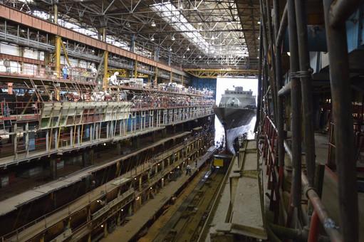 Российский завод, строящий корветы проекта 20380 планомерно уходит на дно