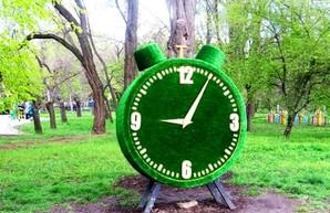 Одесситов ожидает перевод часов