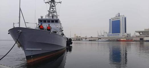 """Много """"Айлендов"""" не бывает: ВМСУ набирают экипажи ещё на два патрульных катера типа Island"""