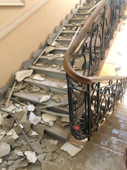 В Одессе рушится потолок в здании областного полицейского управления