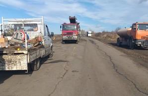 В Балтском и Подольском районе Одесской области начали ремонтировать автотрассу Р-33 (ФОТО)