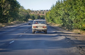 В Одесской области ремонтируют автотрассу Одесса – Белгород-Днестровский (ВИДЕО)