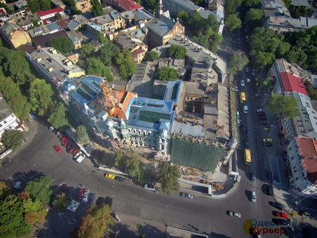 В Одессе реставрируют фасады на более чем 30 памятниках архитектуры.