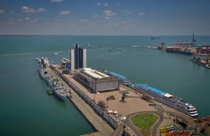 Командущий ВМС Украины заявляет о подготовке России к бомбардировке Одессы