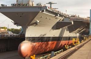 """В США готовы к спуску на воду второго авианосца типа """"Gerald R.Ford"""""""