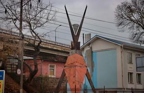 В Одессе появилась новая скульптура от автора с Burning Man (ФОТО)