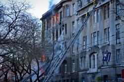 В результате пожара в Одессе погиб один человек, 21 госпитализирован, в том числе несовершеннолетние (ФОТО, ВИДЕО)