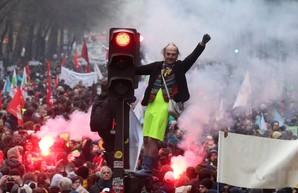 """Накануне """"Нормандского саммита"""" Франция погружается в хаос"""
