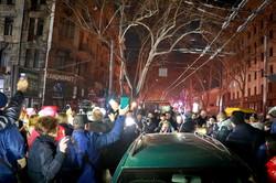 Митинг у сгоревшего дома в Одессе превратился в политическую акцию (ФОТО)