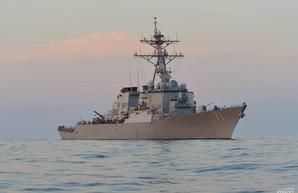 В Черном море находится американский ракетный эсминец