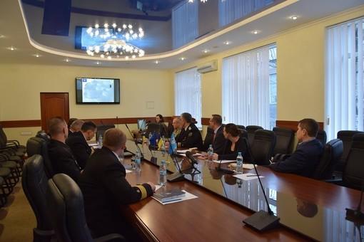 Делегация НАТО посетила морскую академию в Одессе